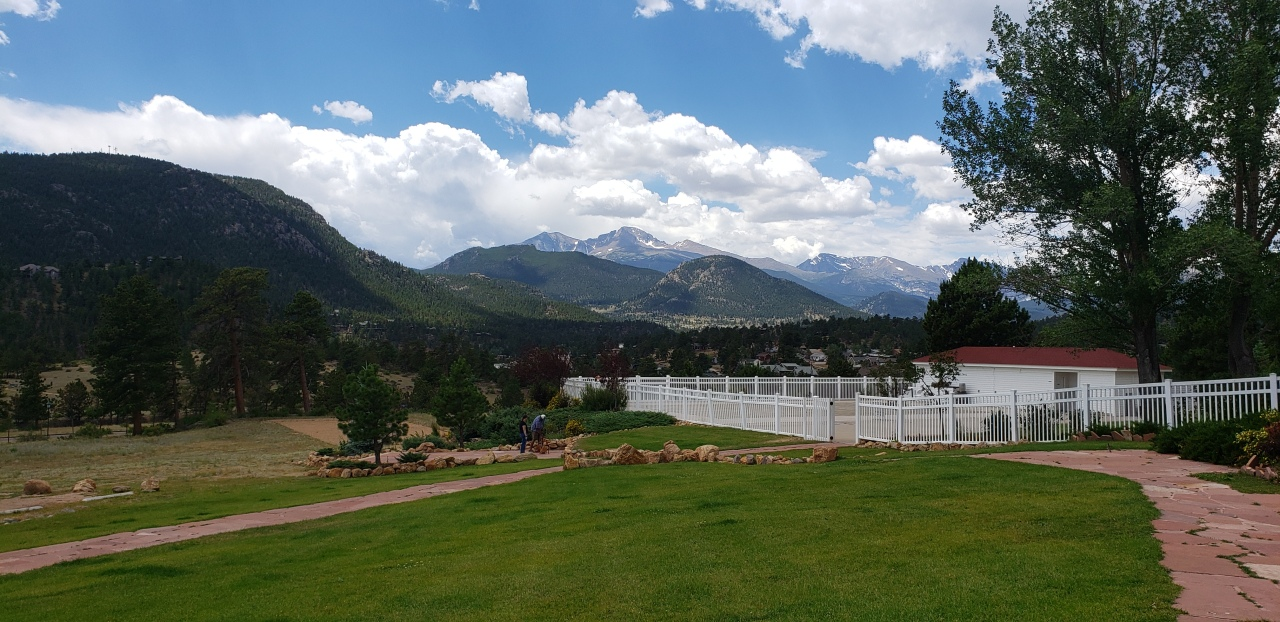 Destinations: Estes Park, CO